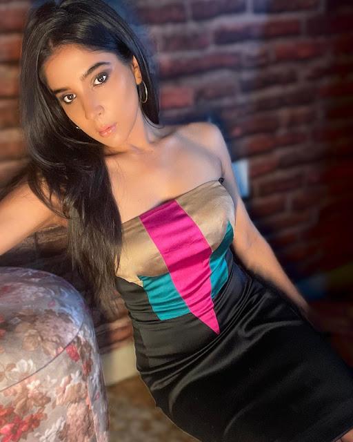 Tamil Actress Sakshi Agarwal Hot Pictures in Black Skirt Actress Trend