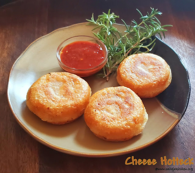 images of Potato Cheese Pancake / Cheese Hotteck / Hotteok / Korean Stuffed Cheese Pancake