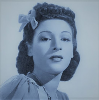 Picture of Bea Wain