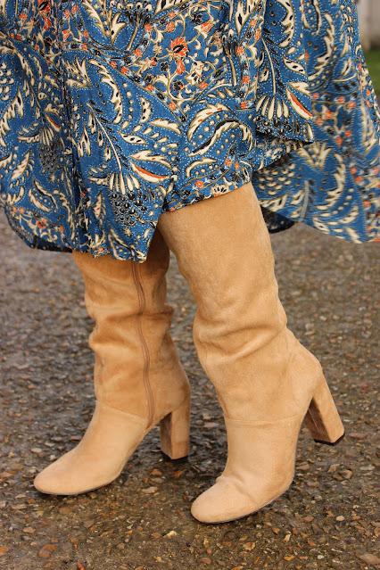 look du jour, robe sézane, bottes beige Vanessa Wu, les petites bulles de ma vie