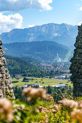 Entdeckungstouren Wasser Loisach - Kramerplateauweg - Ruine Werdenfels – Burgrain 09