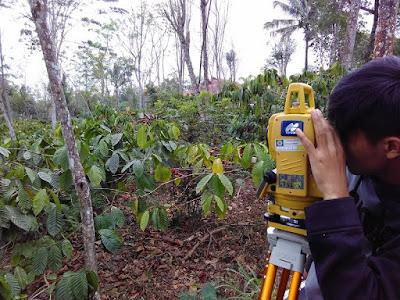 Pengukuran Detail Situasi dan Topografi Menggunakan Total Station Topcon www.guntara.com