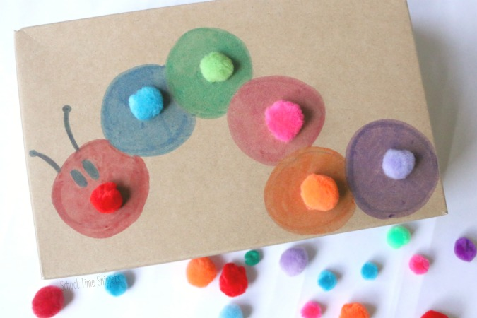 color sorting pom pom activity for toddlers