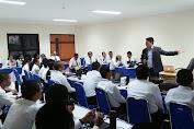 Dr. Dewa Gede Sudika Mangku Jadi Mentor CPNS Undiksha