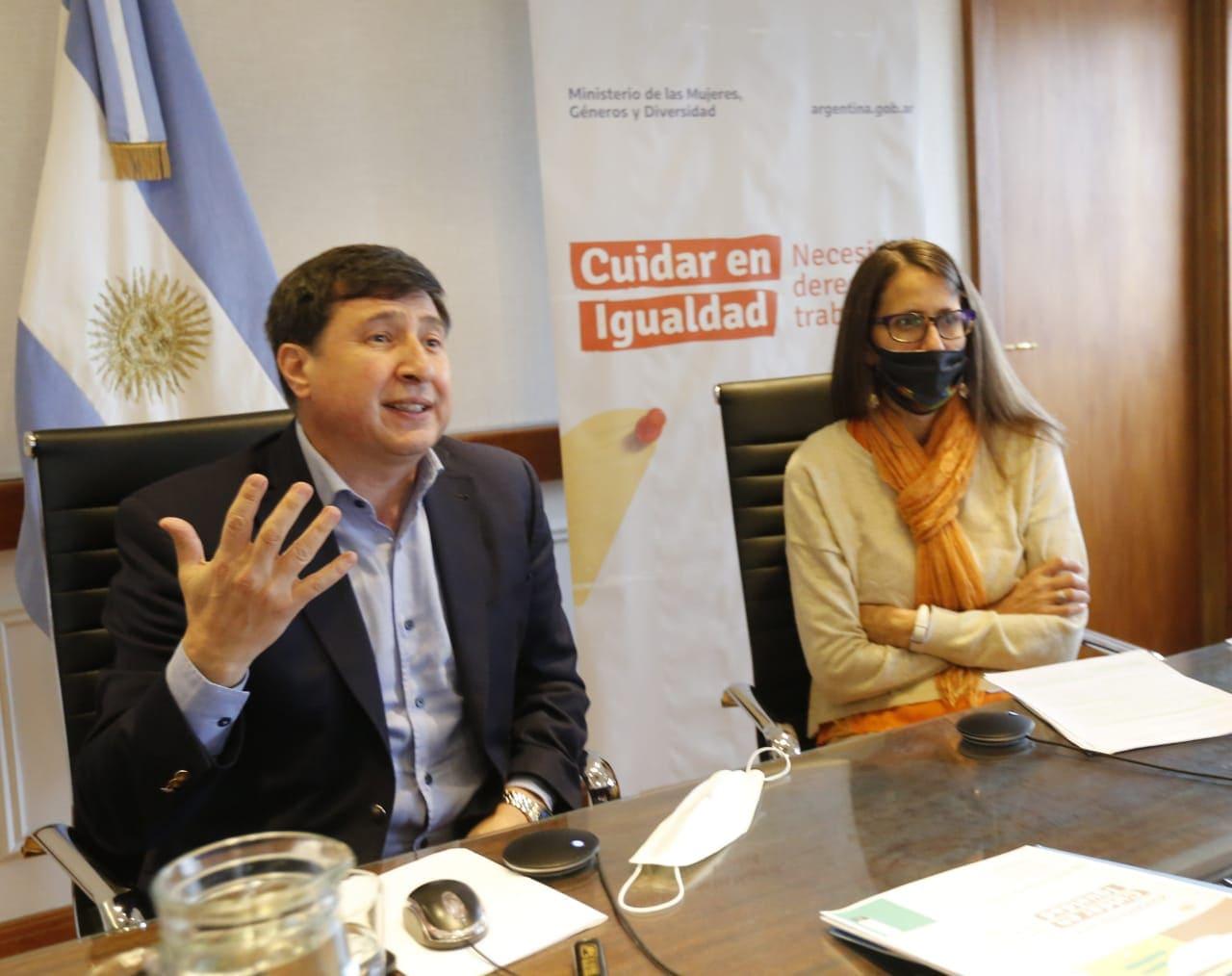 """Presentaron la campaña nacional """"Cuidar en Igualdad"""""""