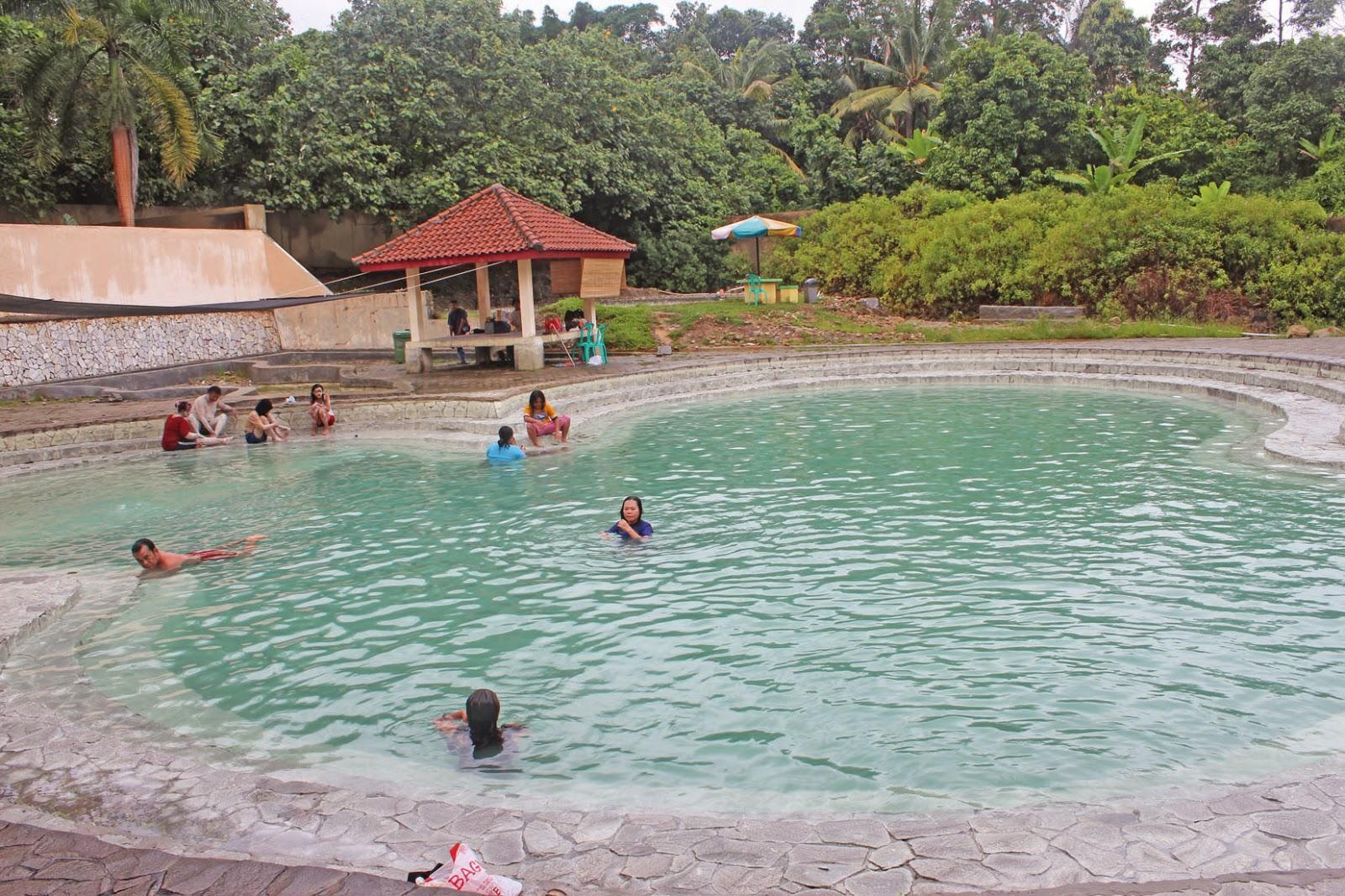 Lampung Traveller Pemandian Air Panas Way Belerang Kalianda