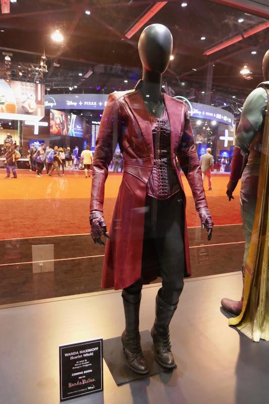 Elizabeth Olsen Avengers Wanda Maximoff costume