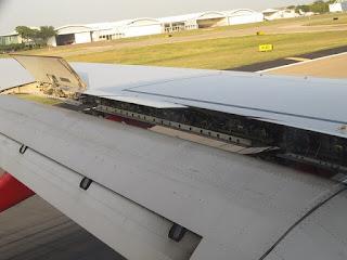 اجزاء الطائرة