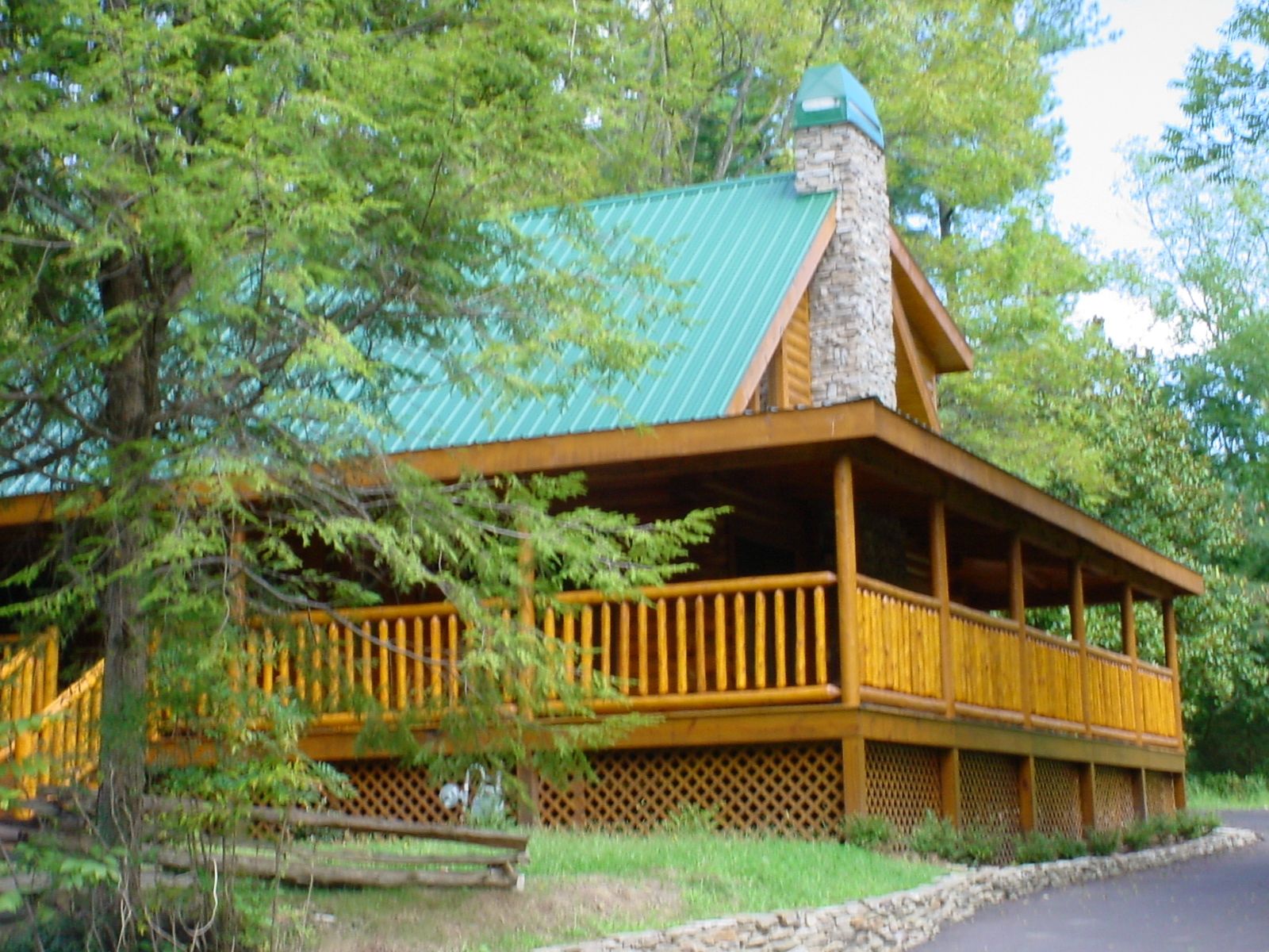 near rentals lakefront luxury tennessee ohio forge cabins cabin log east friendly pet haven oak texas tn s pigeon