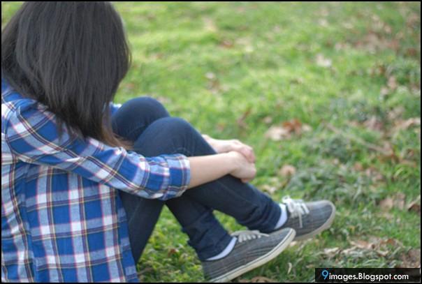 fashion girl sad cute grass lonely