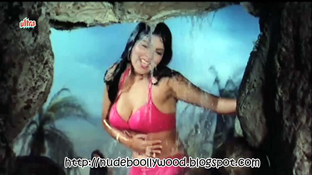Zeenat aman boob show-3680