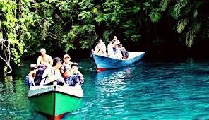 Pesona Danau Labuhan Cermin Kalimantan