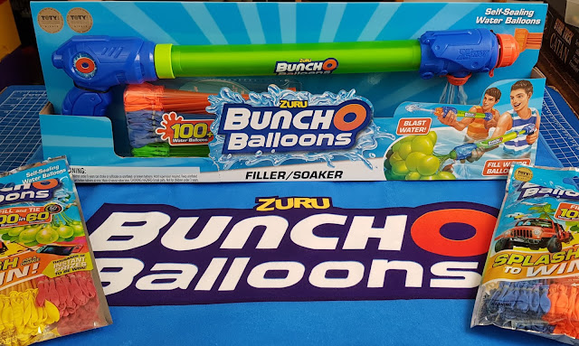 Bunch O Balloons Soaker/Filler pack and two packs of extra water balloons