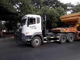 Jasa Angkutan Barang Container 20 Feet-40 Feet Dan Lowbed/Lowboy/Dolly