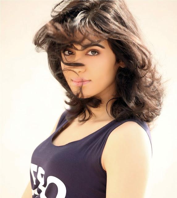 Actress Adah Sharma Latest Hot Photoshoot Stills Navel Queens