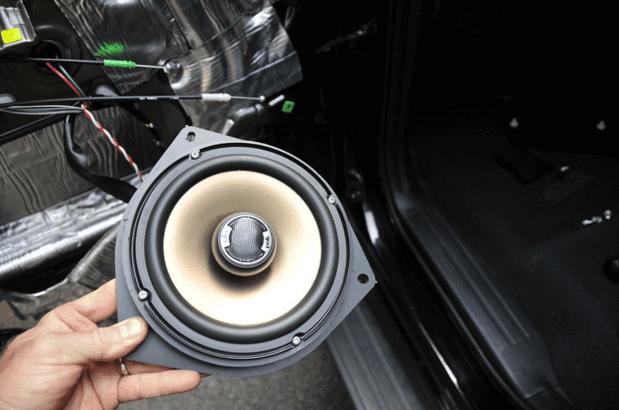 Speaker Audio Mobil