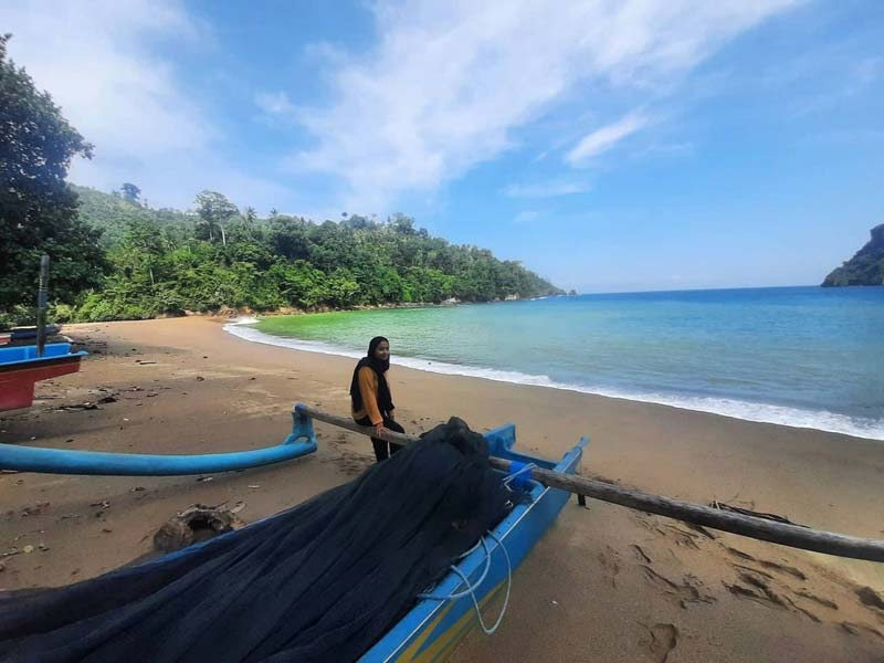 Pantai Wedi Awu Malang Selatan