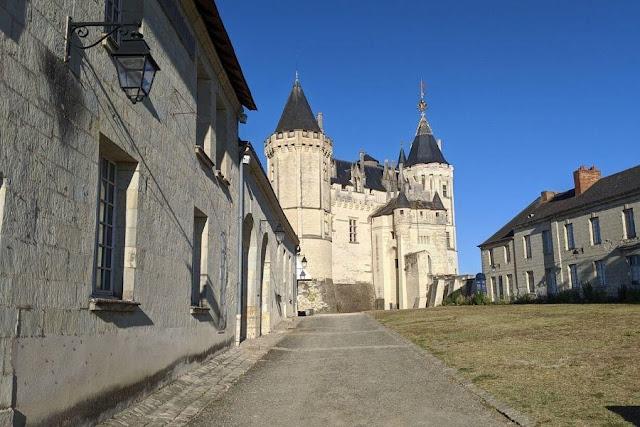 Loire Valley Castles: Chateau Saumur