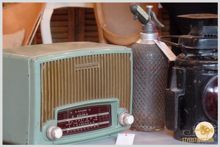 Mercado de Maschwitz by stylistinaction - radios vintage - sifones vintage - antiguo y con onda
