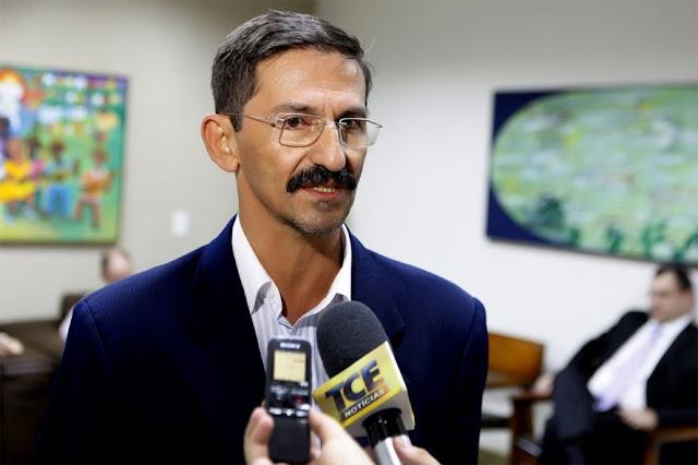 Fábio Martins Junqueira testa positivo para a COVID-19