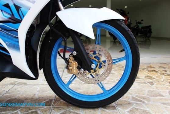 Mua sơn xe máy ở Hà Nội