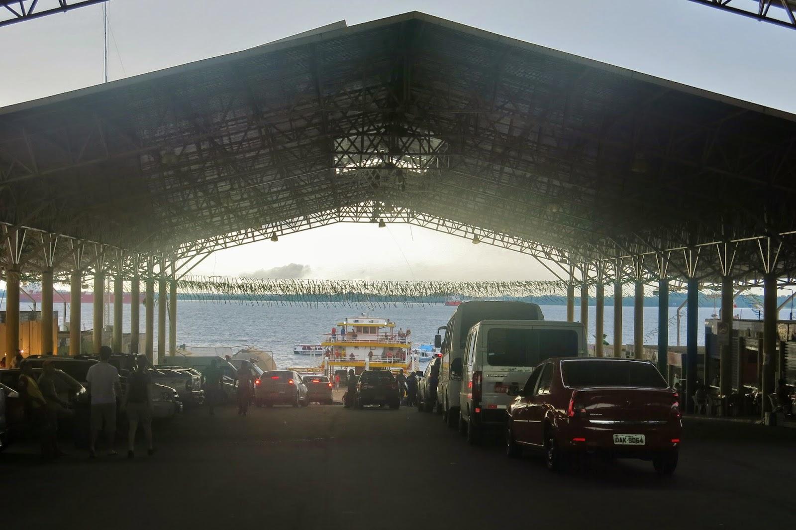 Porto do Ceasa, em Manaus.