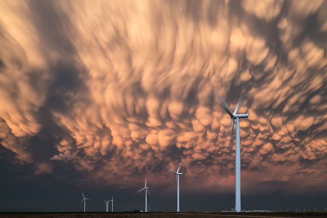 Mammatus Clouds over Kansas