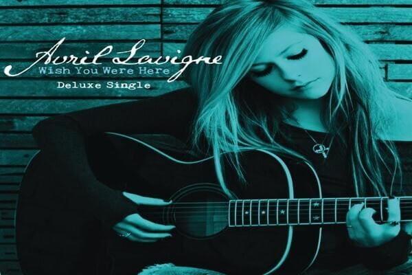 Lirik Lagu Avril Lavigne Wish You Were Here dan Terjemahan