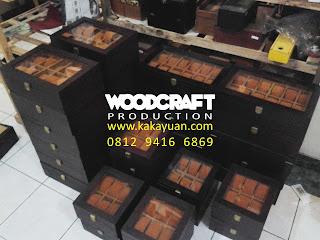 Kotak Jam Bali III