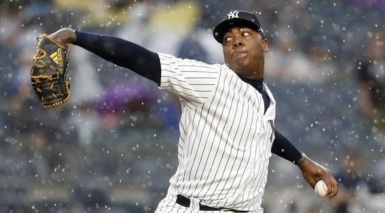 El cerrador de los Yankees (único cubano con esa hazaña) ascendió al 4to puesto histórico de lanzadores nacidos fuera de los Estados Unidos con campañas de 30 rescates