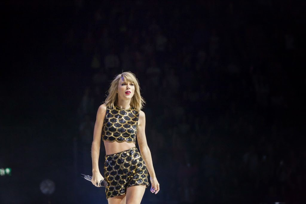 Taylor Swift dazzles at the Capital FM Jingle Bell Ball held in London