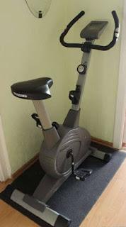 Велотренажер для похудения: как заниматься дома