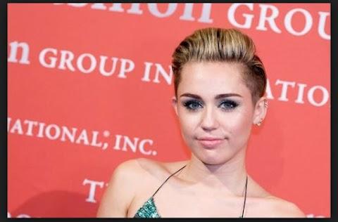 Los Peinados Extravagantes de Miley Cyrus