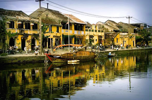 Hoi An ancient town, a peaceful moment