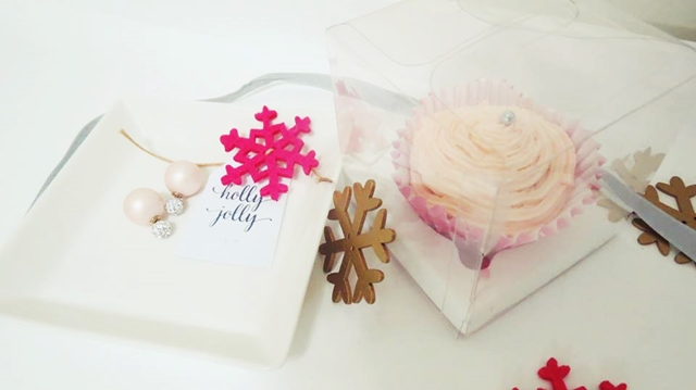 Cupcake navidad y doble perla dior