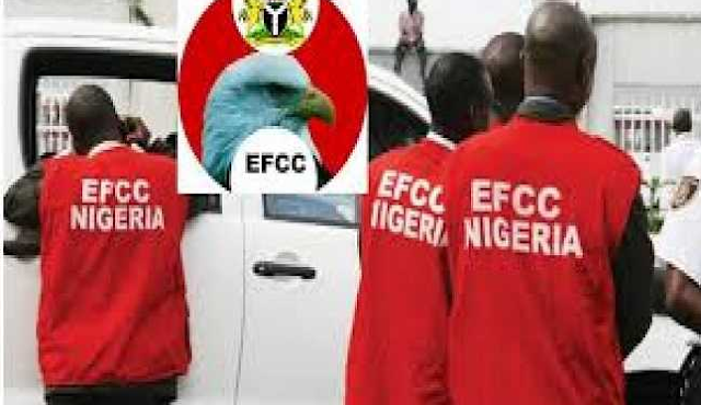BREAKING: N23m, $38m Discovered By The EFCC in Lagos Home