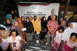 Rachmat Hidayat: Pedagang Kecil Perlu Ditanamkan Ekonomi Gotong Royong