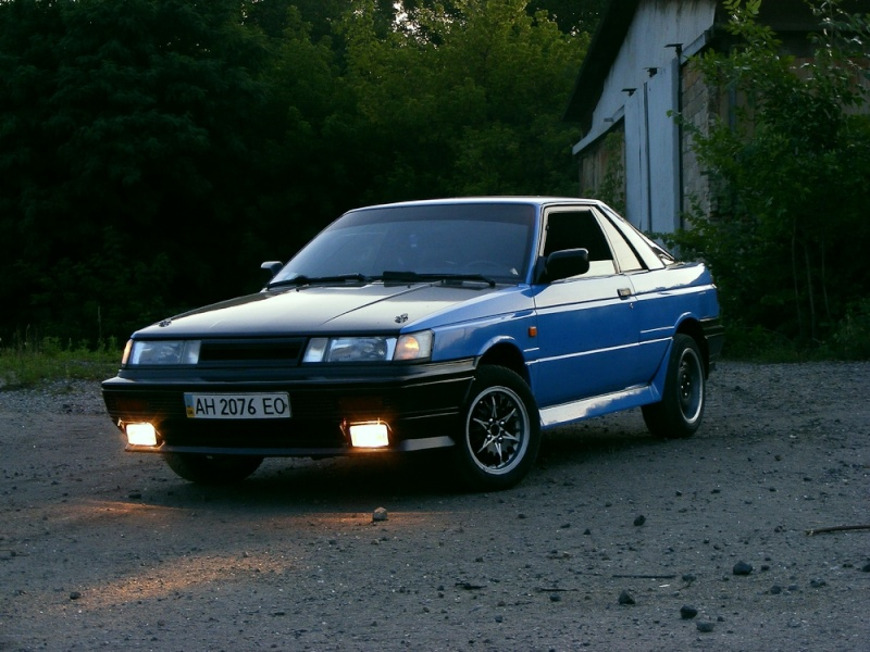 Nissan Sunny Coupe, RZ-1, B12