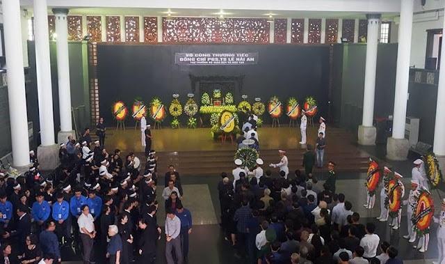 """Thứ trưởng Bộ GDĐT Lê Hải An bị giết hay """"ngã lầu"""": Đã có kết luận điều tra chưa?"""