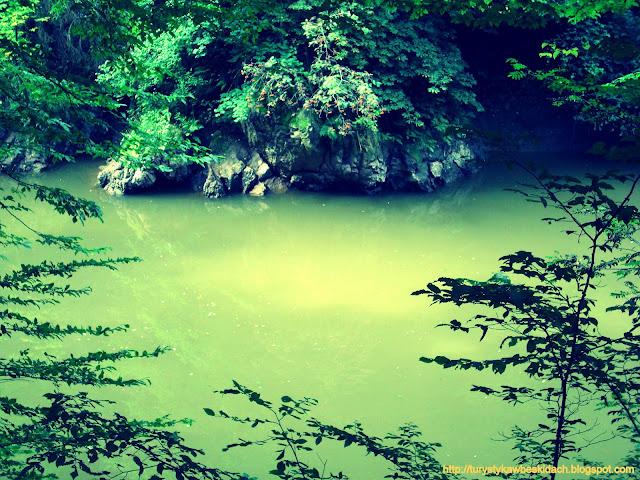 Rzeka Izera jej kalne oblicze po odpadach deszczu