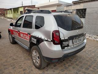 Casal é preso por policiais do 4º BPM por perturbação do sossego, resistência e embriaguez e carrinho de som é apreendido