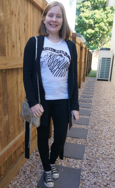 monochrome skinny jeans converse band tee outfit with sliver mini mac bag | awayfromblue