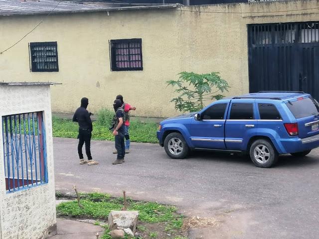 FRONTERA: FundaRedes alerta presencia de grupos armados en centros urbanos del Táchira durante la cuarentena.