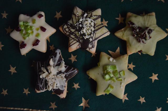 Джинджифилови медени звездички със шоколадова глазура