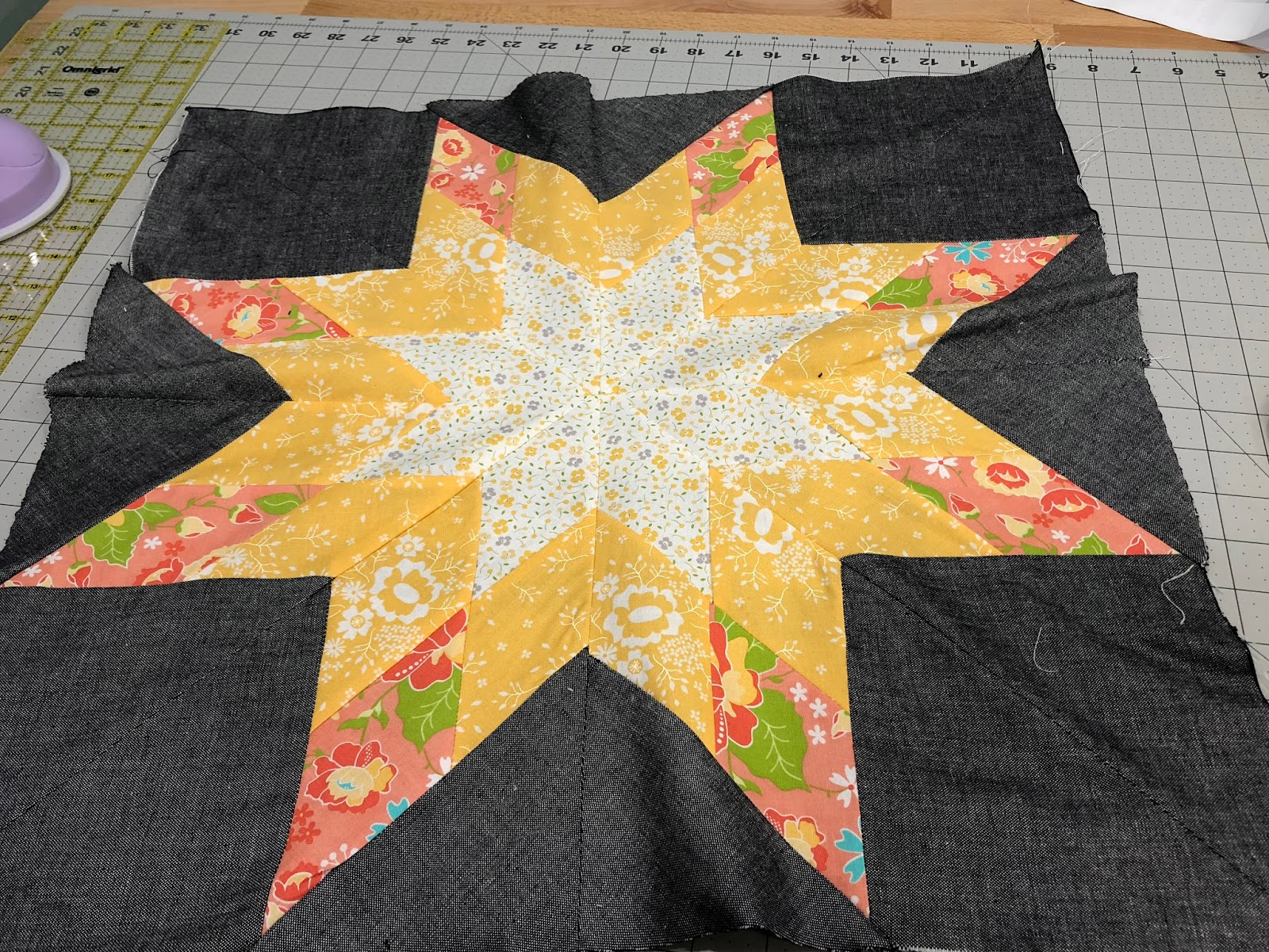 The Bees Knees - A Quilting Bee : bee quilt pattern - Adamdwight.com