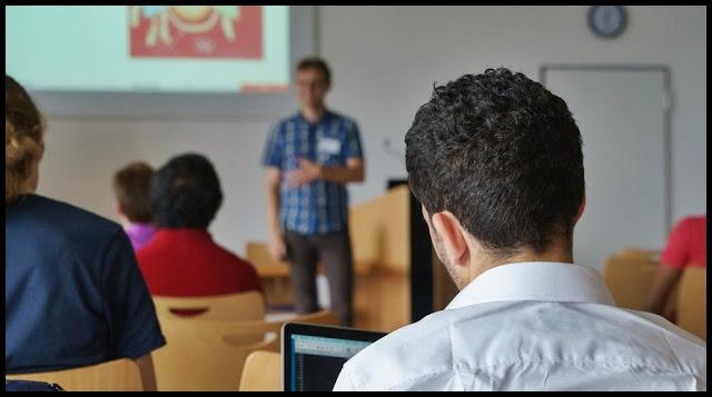 Cari Pembicara Seminar Motivasi Terbaik di Indonesia