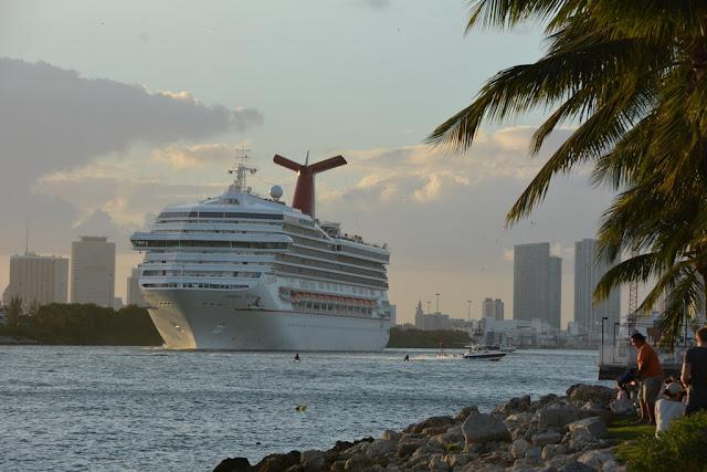 Miami Beach Pier Carnival