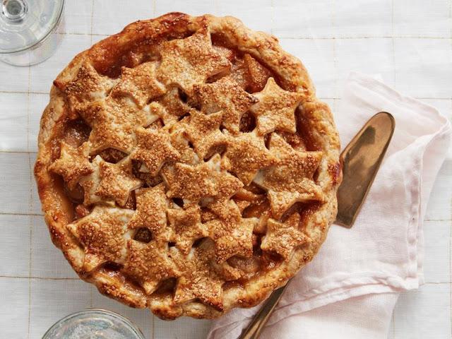 Bourbon-Pear Star Pie