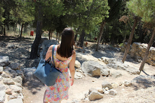 Clothes & Dreams: OOTD: Crete pepe jeans floral dress with bow on back
