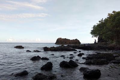 pantai-batu-lubang